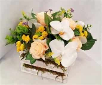Centro de mesa 44 canasta de madera con flores - Centro de mesa con flores artificiales ...